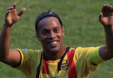 Ronaldinho se despide del fútbol con emotivo mensaje