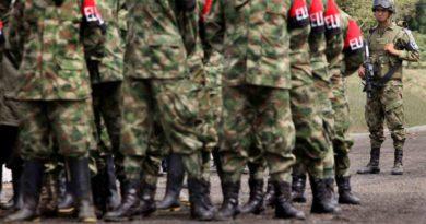 ELN RECLUTA VENEZOLANOS                                                                                                                             denuncia director de Migración de Colombia