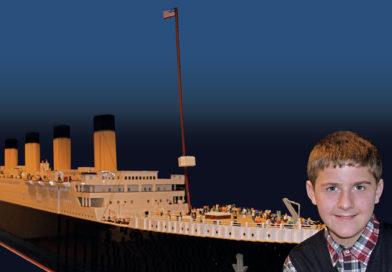 APLAUSOS: un niño con Autismo el creador de la réplica más grande del Titanic