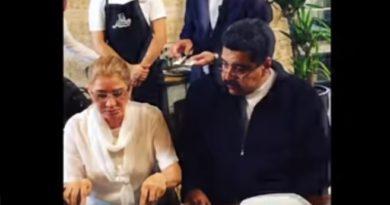 LEVANTA REPUDIO: NICOLÁS MADURO COME COMO UN REY Y EL PUEBLO MUERE DE HAMBRE