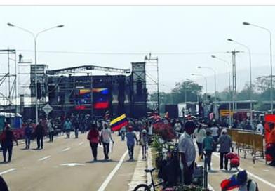 SUSPENDIERON CONCIERTO DE TRES DÍAS  CONVOCADO POR LOS CHAVISTAS EN FRONTERA